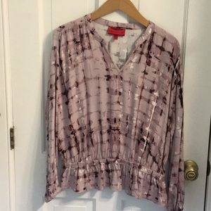 Lone sleeved blouse with V Neck